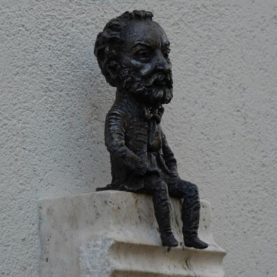 Mini Erkel Ferenc-szobrot avattak fel Ungvárott